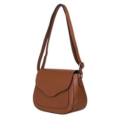 Чантата тип портмоне от естествена кожа Martina, кафява